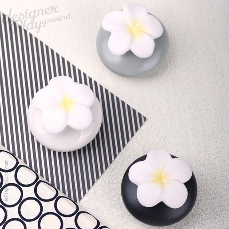 Grey black white flower fragrance diffuser set flower fragrance diffuser set of 3 mightylinksfo