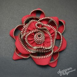 Rose Zipper Brooch in Red with Silver teeth